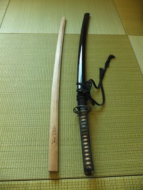 日本刀、木刀
